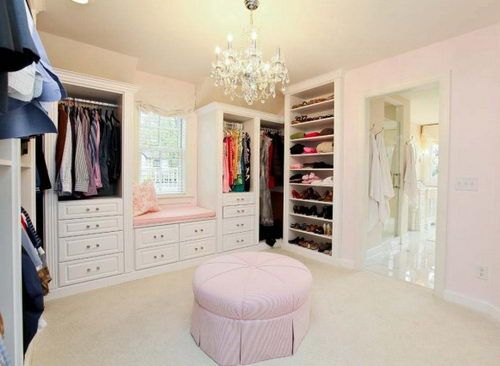 Window Seat And Shelves In Master Closet Nice Chandelier Too