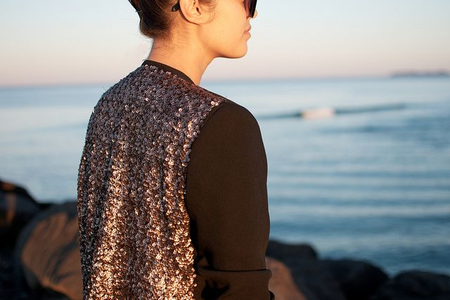 DIY SEQUIN BLAZER - so super simple to make.