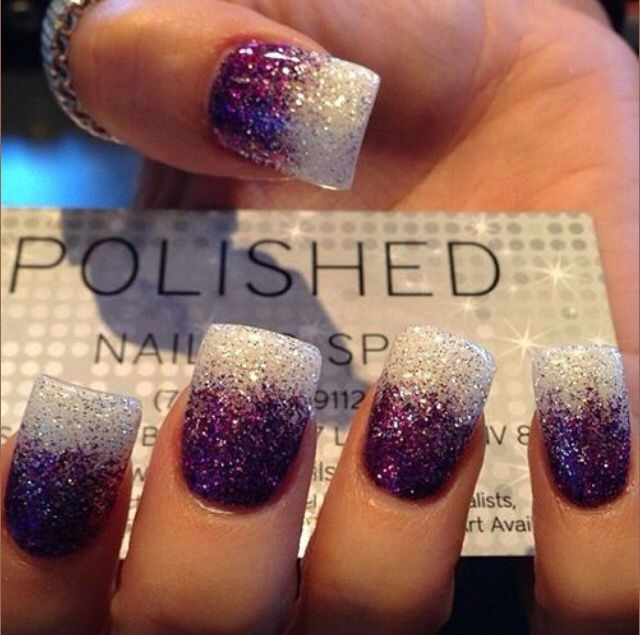 Love the two tone acrylic nails