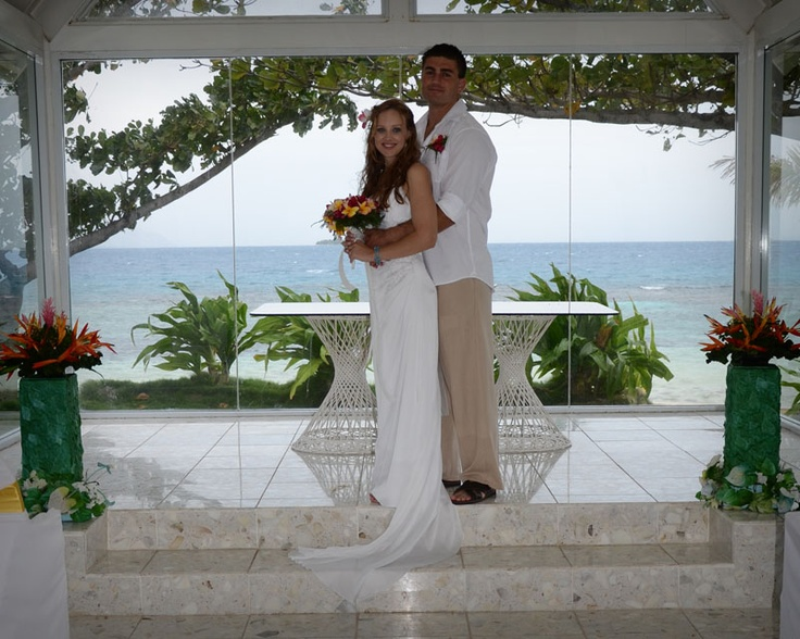Joel and Tamara, Glass Chappel, Treasure Island Fiji. Just another reason why I love my job so much. Images by Allanna Allen of MGM Photography