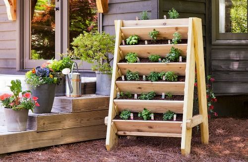 How To Build A Vertical Herb Planter | http://homestead-and-survival.com/build-vertical-herb-planter/ | Building a vertical herb planter is a excellent way to grow delicious produce in a relatively small space.