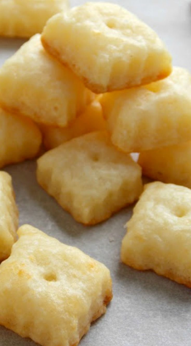 Homemade Cheez-Its Recipe ~ Only 5 ingredients & without all the processed junk!