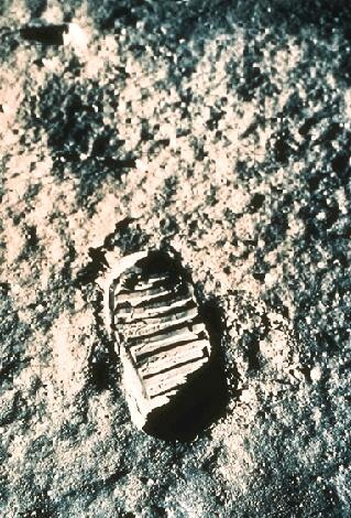 one small stepBirthday, Moon, Final Frontier, History Social, Awe Inspiration, Spaces Time, Amazing Pics, Small Step, Amazing History