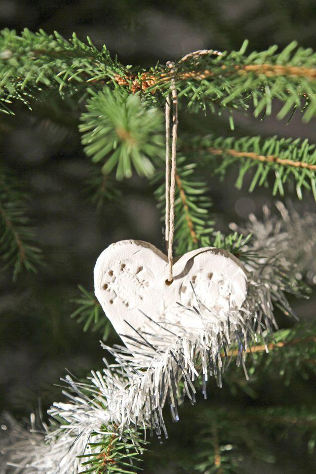 Joulusydän, joulukuusen koriste. Christmas tree decoration.
