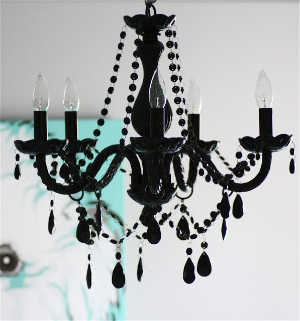 Love a black chandelier - so chic!