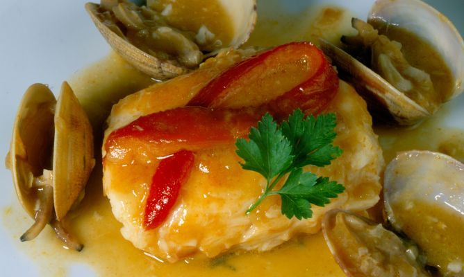 Receta de Merluza en salsa roja
