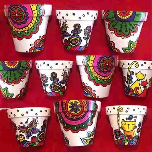17 mejores ideas sobre macetas pintadas en pinterest for Decoracion de jardines con jarrones de barro