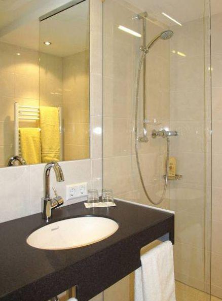 Badezimmer im AKZENT Landgasthof Evering