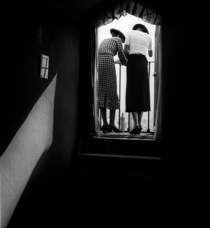 Two Ladies - Bill Brandt.