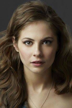 Willa Holland Thea Queen - Arrow Picture