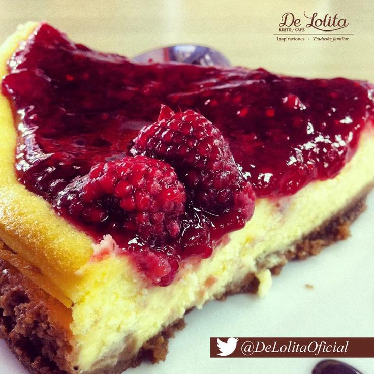 #sabíasqué… en los primeros #JuegosOlímpicos fue donde se probó el #cheesecake  Conoce su historia aquí.  http://delolita.com/que-hay-de-nuevo/48-origen-del-cheesecake.html
