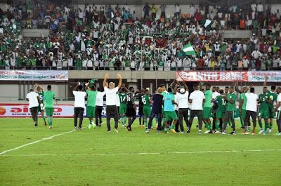 Twitter Agog As Super Eagles humiliates African Champions Cameroon 4-0 in World Cup Qualifier (PHOTOS)  Twitter Agog As Super Eagles humiliates African Champions Cameroon 4-0 in World Cup Qualifier (PHOTOS)  Two goals from Chinese based players Odion Ighalo and Mikel Obi with other goals from Chelsea's Moses Victor and Leicester City new signing Kelechi Iheanacho was enough tohand the Super Eagles of Nigeria a comfortable 4-0 win over the Indomitable lions of Cameroon in their Group B Russia…