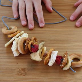 Snack necklace feature