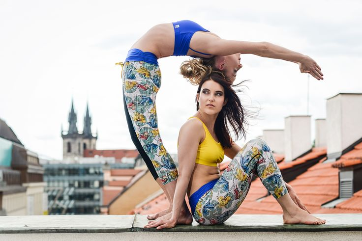 Butterflies leggings, bras in yellow, red and blue