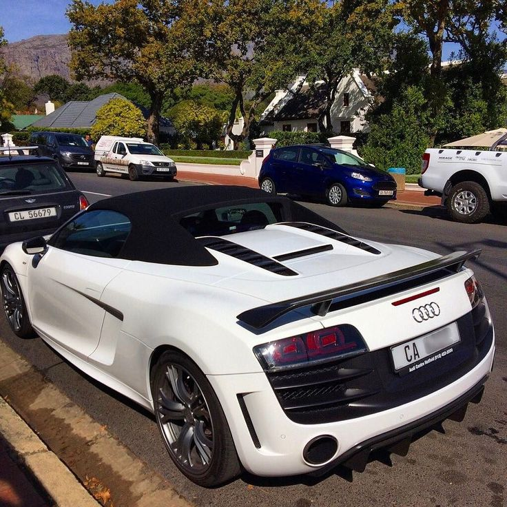 Epic Audi R8 GT Spyder spotted in Franschhoek by the main spotted there @carspotterfranschhoek  #ExoticSpotSA #Zero2Turbo #SouthAfrica #Audi #R8 #GT #Spyder