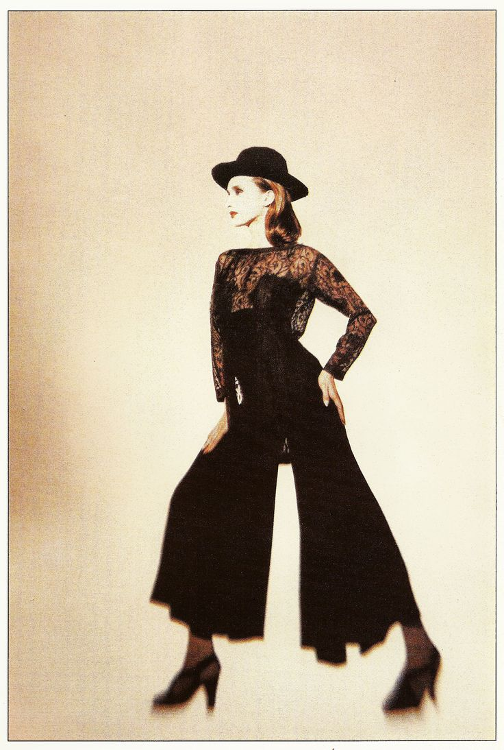Top and trousers by us, photo by Edland Man, styling Marlou Hage for Avenue '89