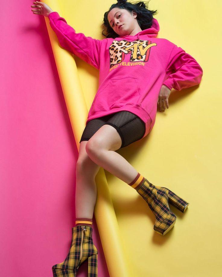 Some Japanese fashion for today Model: @modelalyssamayo @alyssanicolemayo  Photographer: @ellingerfoto  Stylist: @merakitalent  HMUA: myself  Used @etudehouseofficial lip stain in red on lips @tonymoly.official pink blush on cheeks #fashion #fashionpost #fashionable #japanesefashion #jfashion #streetwear #kpop #koreanfashion #harajukufashion #harajuku #pink #bright #kawaii #kawaiifashion #nylon #mua #promua #makeupartist #promakeupartist #hairstylist #dallashairstylist #dallasmakeupartist…