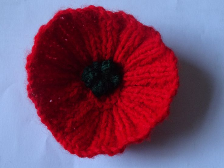Knitting Pattern For A Remembrance Poppy : 17 Best images about wool works on Pinterest Rainbow crochet, Crochet baby ...