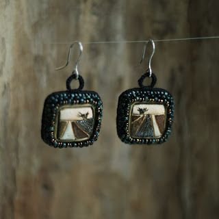 Wierzba. Kolczyki, ceramika, koraliki. / Willow. Earrings, ceramic, beads. /// http://karolina-g.blogspot.com/2013/11/depresja-do-kwadratu.html