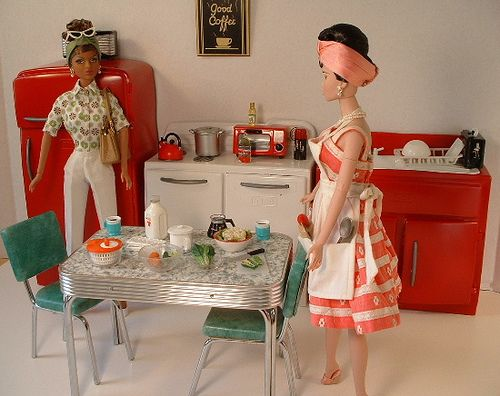 Cool Barbie Vintage Kitchen set by Carolyn Tattersall Teachman via Flickr 1:6th Scale