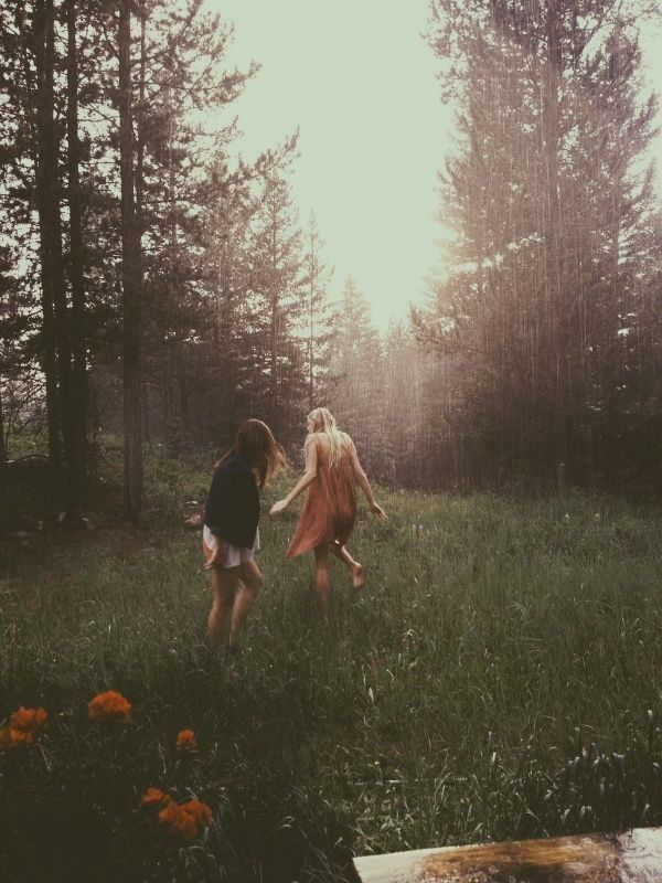 With a best friend this pic just exudes natural and calm vibes.
