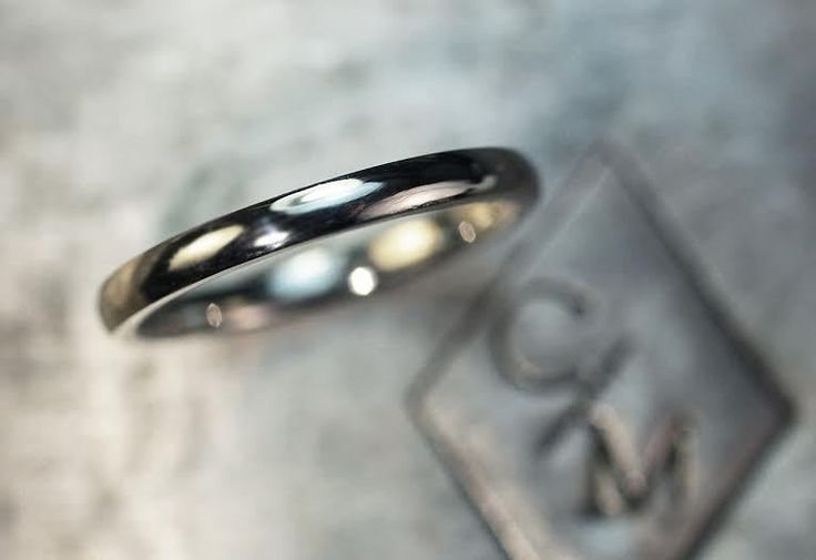 And the wedding band to go with it.  2mm Hand Cast Band - CHINCHAR•MALONEY