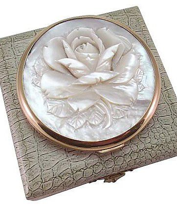 VINTAGE MOTHER OF PEARL POWDER COMPACT WITH LEATHER BOX