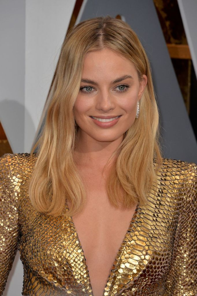 Margot Robbie – 88th Annual Academy Awards in Hollywood : Global Celebrtities (F) FunFunky.com
