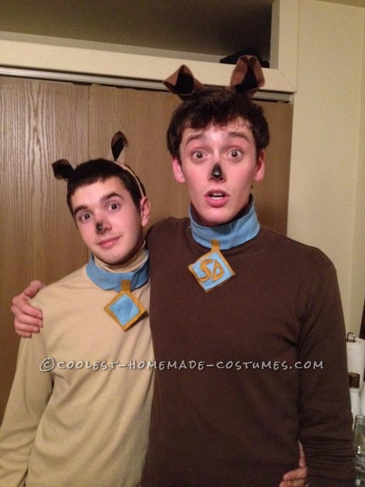 Last-Minute Scooby and Scrappy Doo Costumes... This website is the Pinterest of costumes