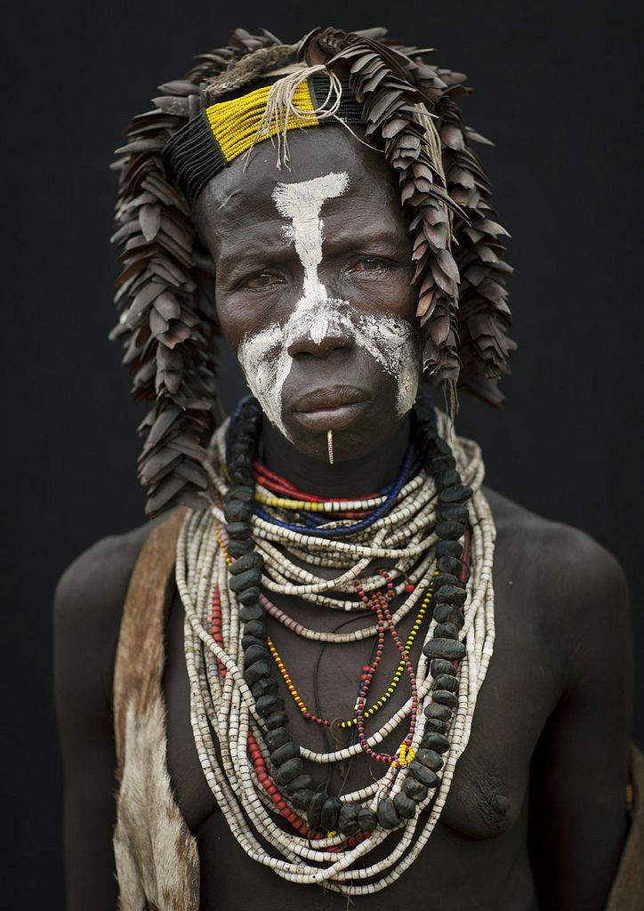 Karo tribe woman, Ethiopia, Africa by Eric Lafforgue - There is some wonderful information about this tribe on this photographer's site.