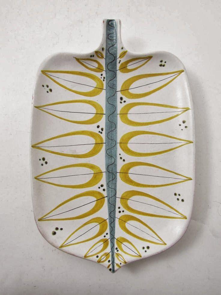 Platter by Stig Lindberg. Love.