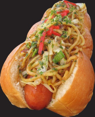 Yakisoba Dog @ Dogzilla, California 焼きそばパン