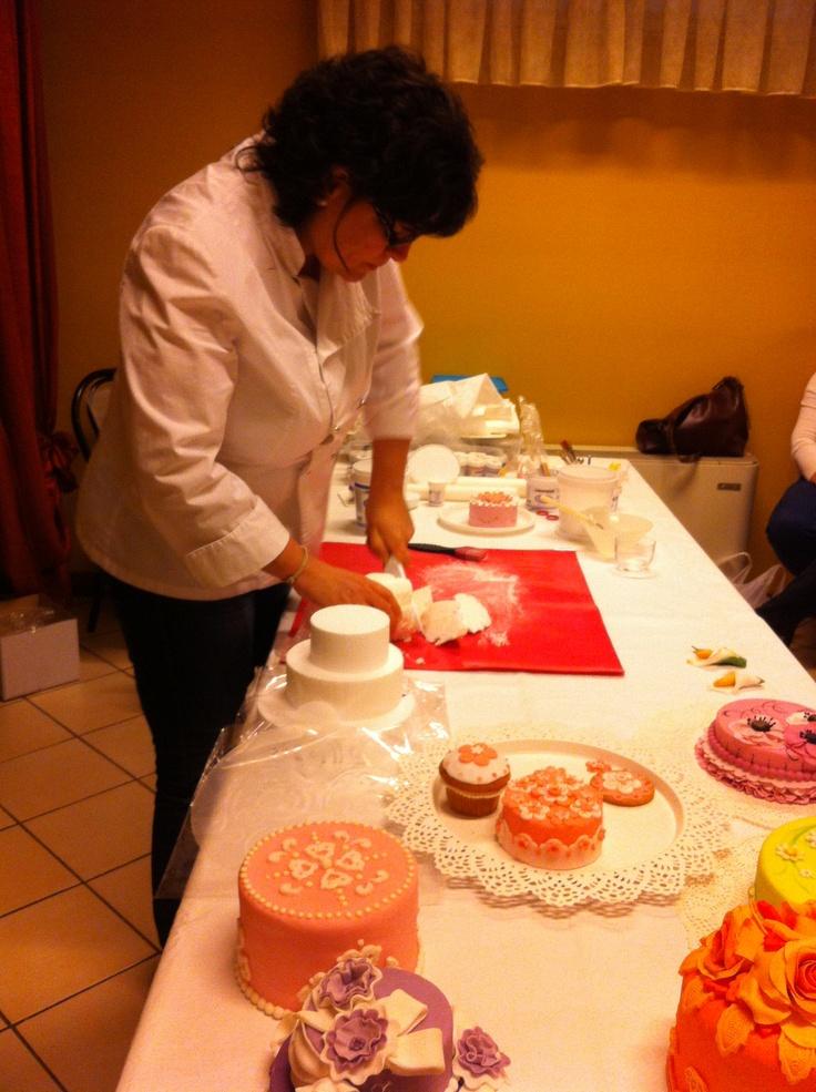 Dimostrazione di Cake design presso 2r Ferramenta Castrezzato bs