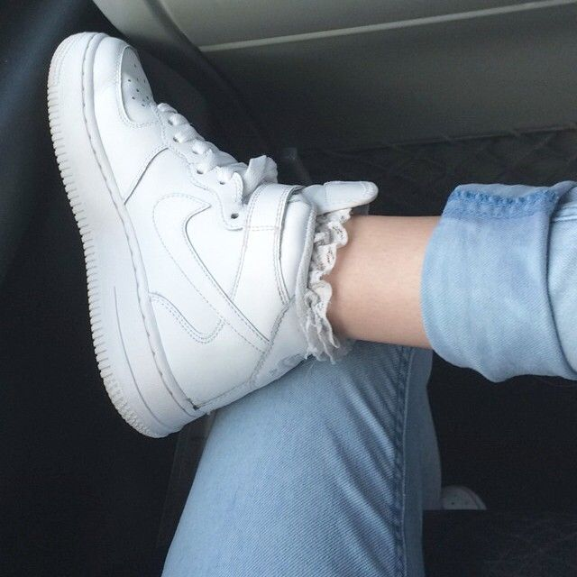 Joanna Kuchta @joannakuchta shoe selfie Instagram photo. Nike Air Force 1 high tops