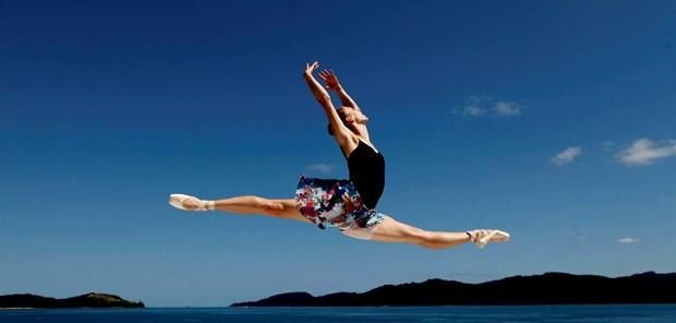 The epitome of beauty - the Australian Ballet performs at #qualia, #hamiltonisland