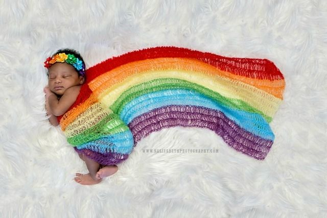 Rainbow baby image encourages parents not to give up their baby dreams | BabyCenter Blog