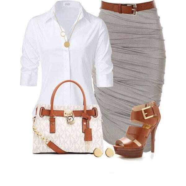Klassisches Outfit fürs Büro 40+