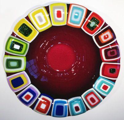 Glass bowl: Fuchsia. 40 cm in diameter. By the danish designer and artist Louise Lagoni.