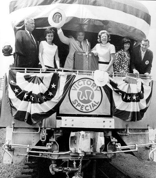 Winthrop Rockefeller on Victory Train - Encyclopedia of Arkansas