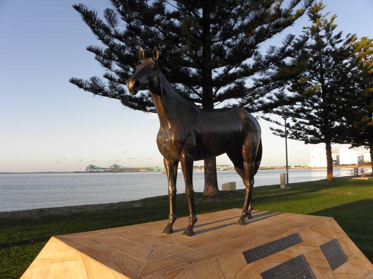 port lincoln | Statue of Makybe Diva at Port Lincoln, South Australia