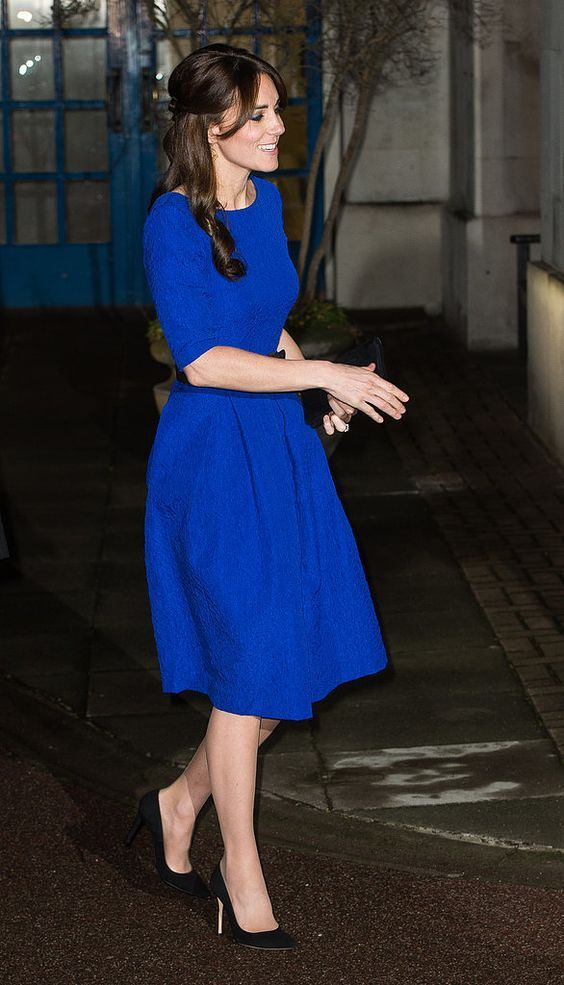 What Color Shoes To Wear With Blue Dress 30 Best Outfits Fashion Dresses Kate Middleton
