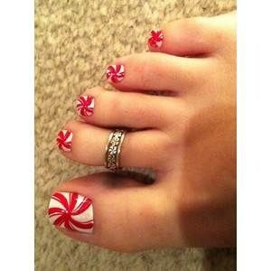 Top 10 Toe Nail Art for Christmas - this so made me think of you, !