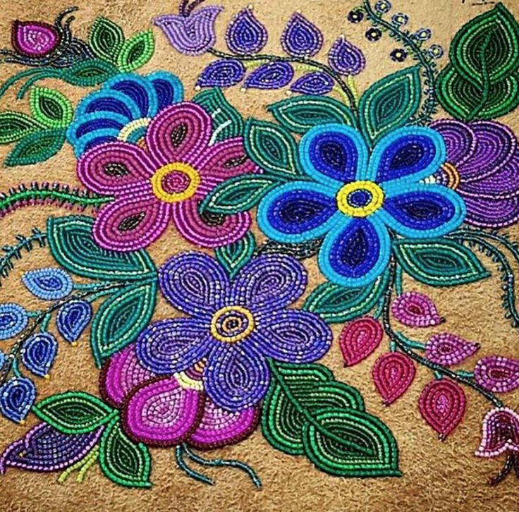 Wow! Such stunning beadwork by Judy Lafferty of Fort Good Hope. >> https://www.instagram.com/beyondbuckskin/