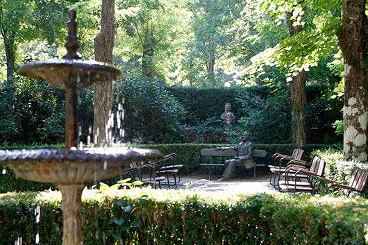 18 best terrazas y jardines ruralka images on pinterest for Jardines con encanto