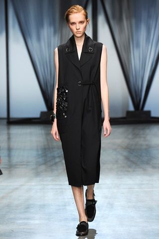Damir Doma fashion show spring-summer 2015   A preview of the garments of this upcoming collection