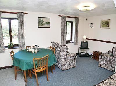 Cherry Tree Barn - #VacationHomes - $97 - #Hotels #UnitedKingdom #Camelford http://www.justigo.uk/hotels/united-kingdom/camelford/cherry-tree-barn_181539.html