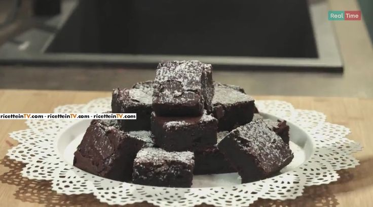 """La ricetta della torta di barbabietole di Benedetta Parodi a """"#prontoepostato"""", la nuova rubrica culinaria di Real Time."""