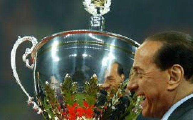 Il derby più triste della storia, il Trofeo Berlusconi Oggi 21 ottobre 2015 ci sarà uno dei derby più tristi della storia. il trofeo Berlusconi tra Milan e Inter. Un tempo questa stracittadina, una delle più importanti del mondo, si giocava per obiettivi #berlusconi #milan #inter #derby
