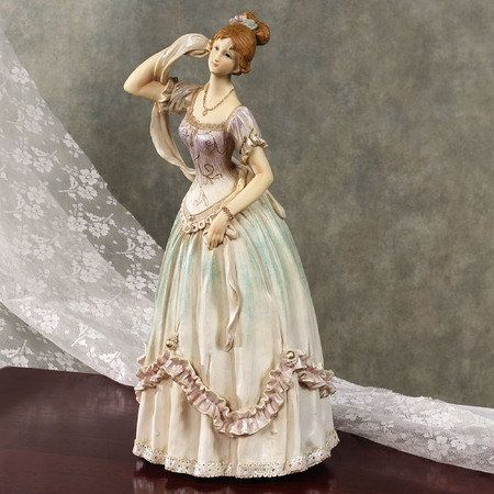 Victorian Beauty Figurine 6 X 6 X 12 Tall 2699 From