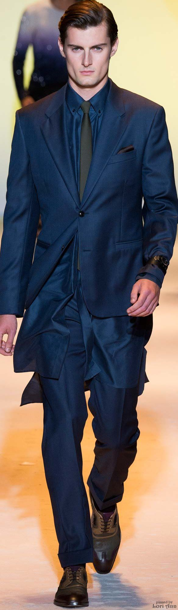 Versace Spring 2016 | Men's Fashion | Menswear | Moda Masculina | Shop at designerclothingfans.com